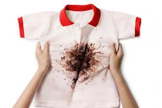 5 mẹo nhỏ loại bỏ vết bẩn cứng đầu thường gặp trên quần áo